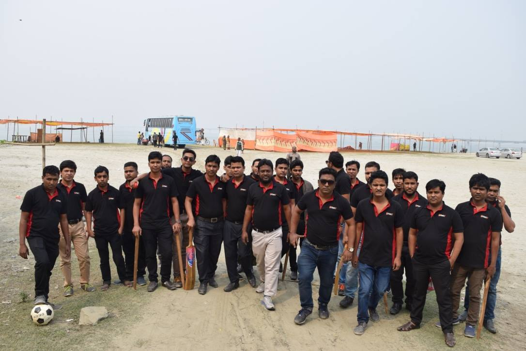 clipping path asia team